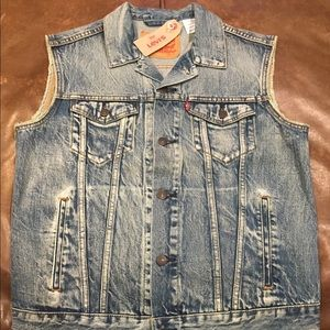 Levi's Denim Trucker Vest Size Medium Men's NWT